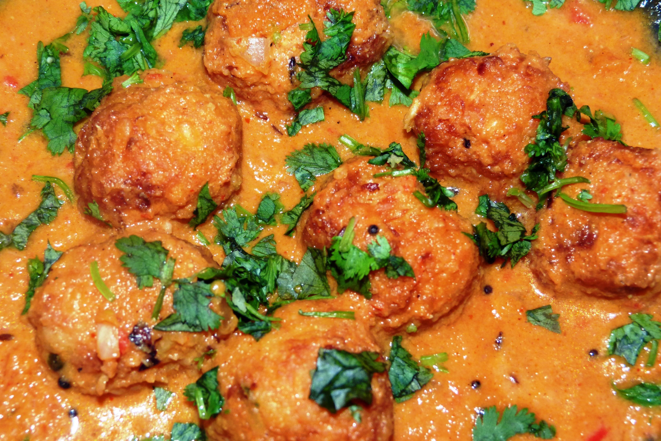 Cabbage kofta curry curried cabbage dumplings yummily yours forumfinder Gallery